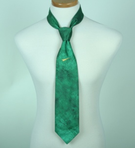 нанесение лого на галстук